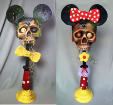 MICKEY AND MINNIE ZOMBIE